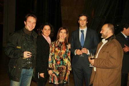 Los miembros de InnoMarket con la Presidenta del Parlamento Vasco,Izaskun Bilbao y el blogger Ricardo ibarra